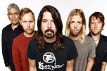 2015FooFighters_EM__017140115-3